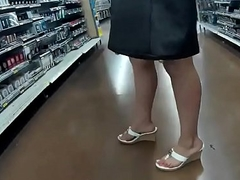 Candid - Tight Dress Latina doing her Groceries