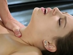 Tight masseuse Bobbi Dylan gets banged by her client