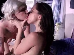 Hard Punish Sex Games Between Superb Lesbians (indigo&amp_jenna) video-24