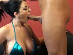 Plump Brit Sophie Dee Loves Cum on Her Pussy
