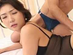 Hatsumi Kudo has ass fucked with vibrators