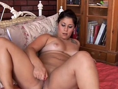 Good-looking plump brunette loves to fuck her fat juicy pussy for you